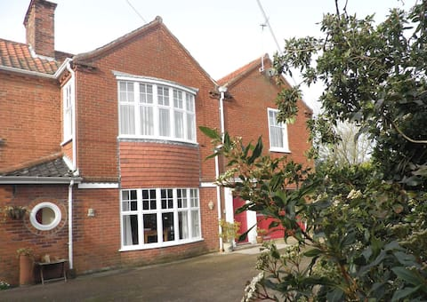 No43,  a  town house in the heart of North Norfolk