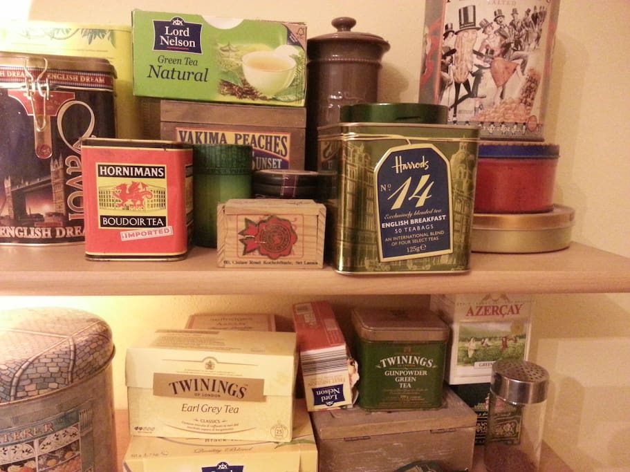 Many kinds of tea - molti tipi di thè e caffè
