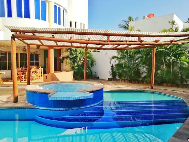 Casa de playa para viajes en familia, 15 personas