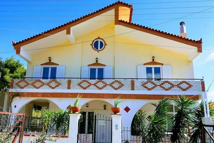 """""""Family Villas"""" Kanakia Home-75m² Garden-500m²"""