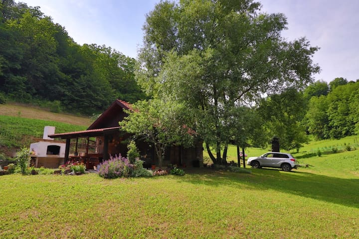 Villa Cinderella -Green oasis of peace near Zagreb