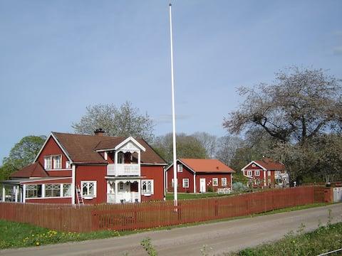 Gårdshus på landet