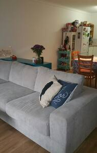 A bright and cheery 2 br villa - Bayswater - Villa