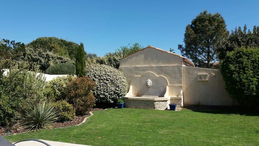 Maison au calme proche La Rochelle - Esnandes - Talo