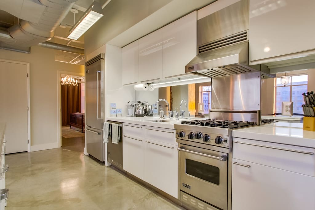 Gleaming kitchen with Viking appliances