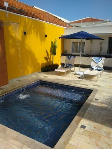 Casa/Apto Nova no Centro de Botucatu com piscina