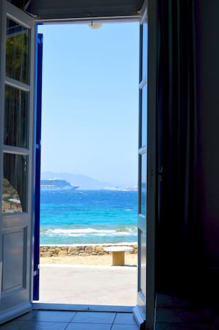 sunset-sea view studio on the beach 3 - Mikonos - Appartement