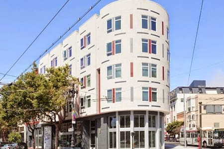HEART of SF, SUPERB Amenities! - Appartement
