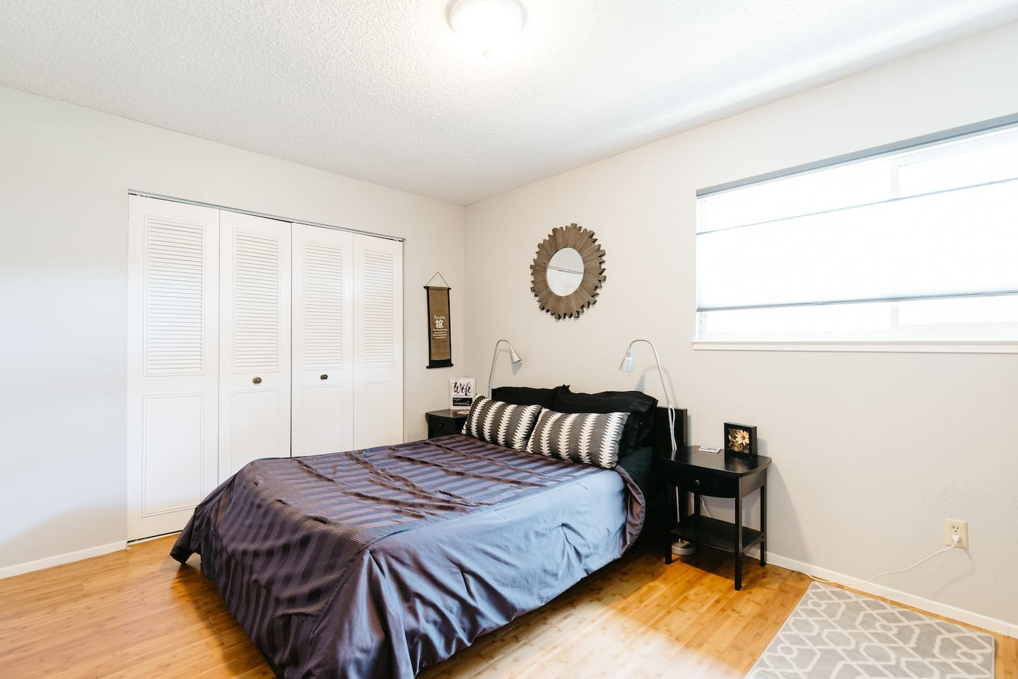 Comfy and Spacious bedroom