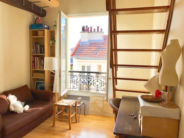 Charming loft-studio in the center of Paris