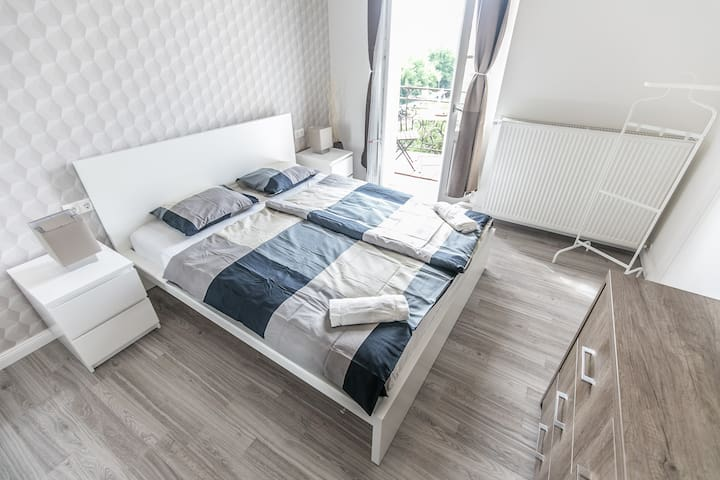BPR – Panorama Apartments Budapest with balcony - 布達佩斯 - 公寓