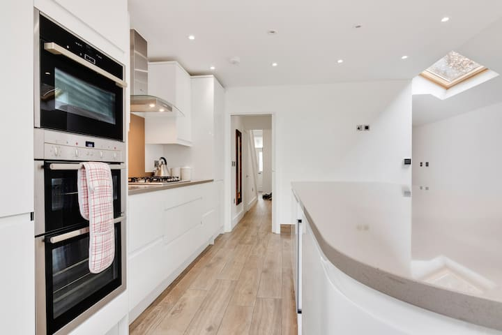 Lovely bright kitchen with modern and easy to use appliances