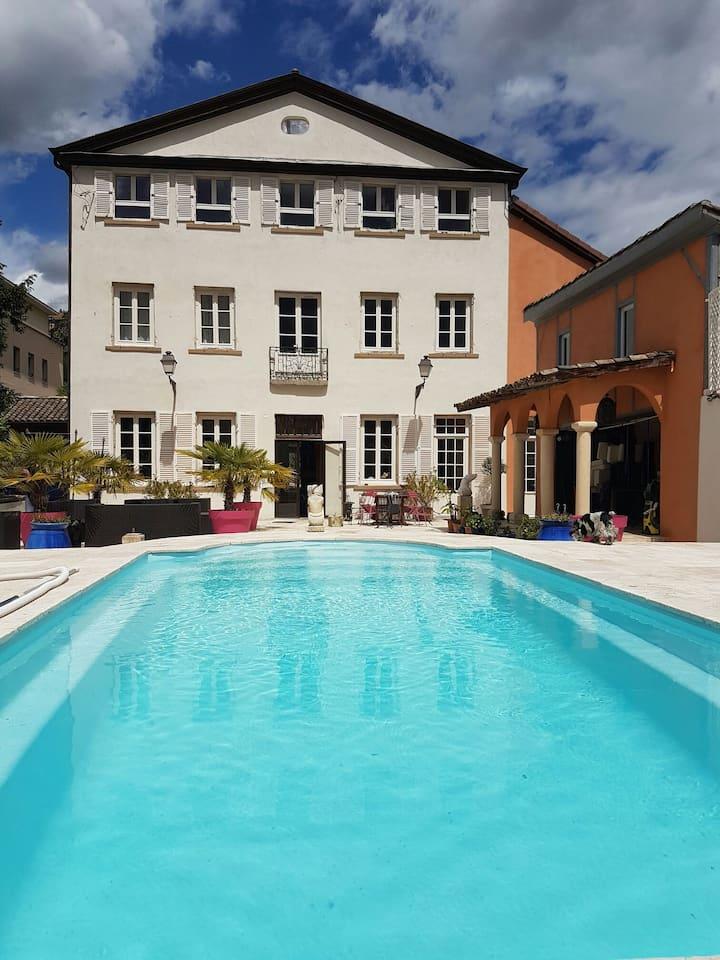 Maison de ville du XVIIIe siècle , piscine Lyon 9