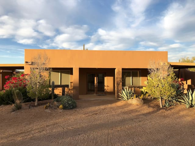 Beautiful Desert Ranch Casita Carefree/Cave Creek