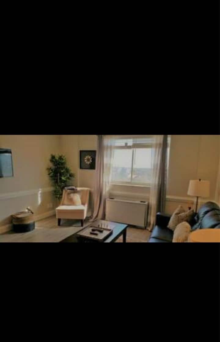 Downtown ATL Condo- A 1bedroom 2beds 1bath