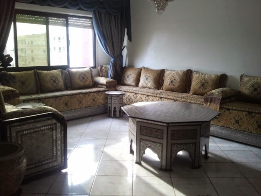 Jolie appartement kenitra apartments for rent in for Chambre de commerce italienne nice