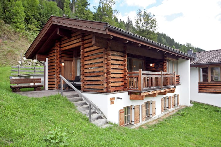 Plush Chalet with Sauna, Pool & Valley-Views in Wald