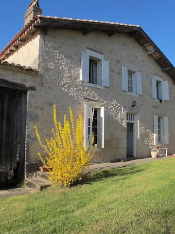 S W France country farmhouse - Saint-Martin-de-Gurson - Casa