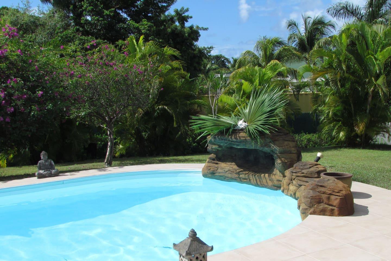 Piscine villa TAIS de Cap Créole