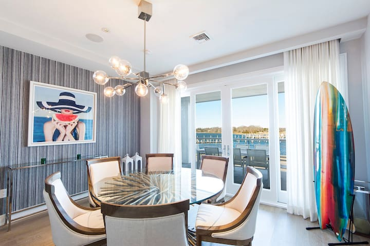 Sag Harbor Waterfront Luxury Condo