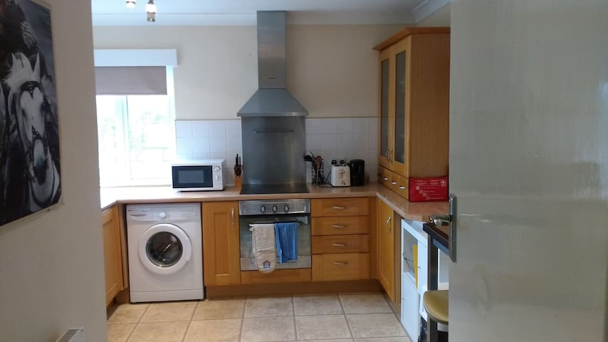 Spacious quiet apartment close to seafront - Worthing - Wohnung