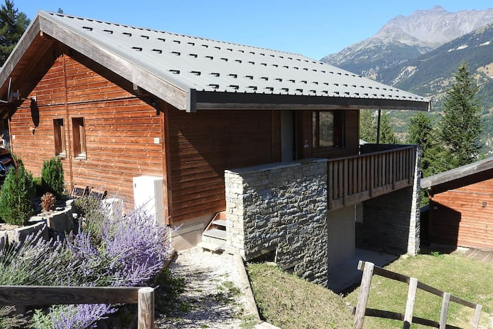 1/2 Savoyard chalet ideal for family holidays in the mountains