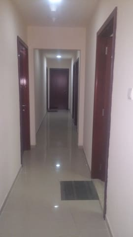 Fully Furnished rooms available - Sharjah - Apartamento