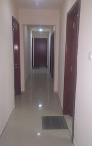 Fully Furnished rooms available - Sharjah - Daire