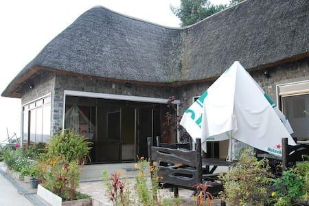 Hakuna Matata, Private house - Gisenyi - Ev