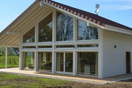 Chalet bien-être 5* sauna balnéo, Lac de Chalain - Marigny - Alpstuga