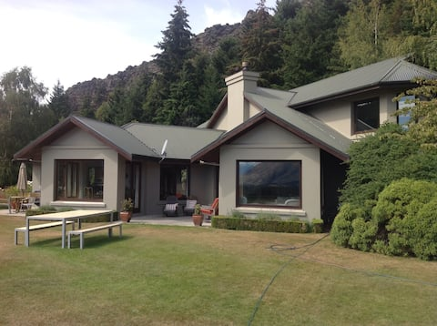 Cairnside country home with Private Guest Wing