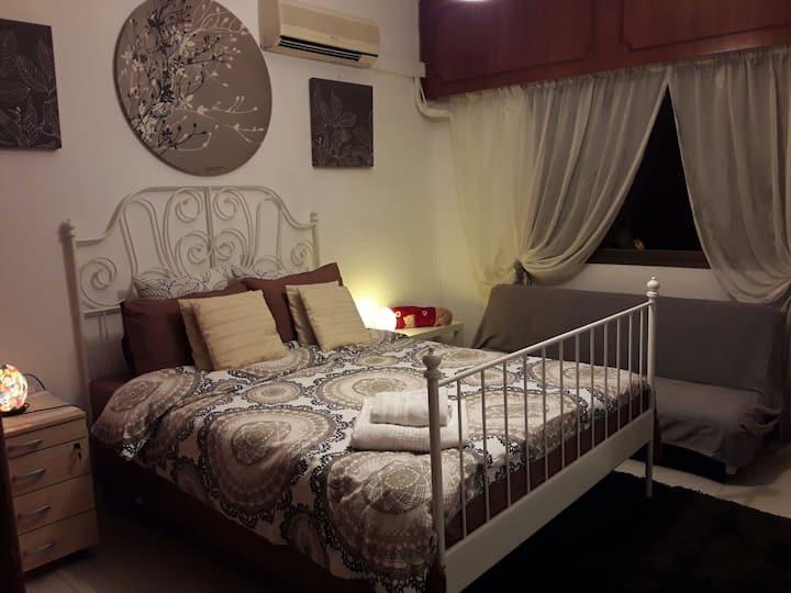 Private Double bedroom on Top floor villa