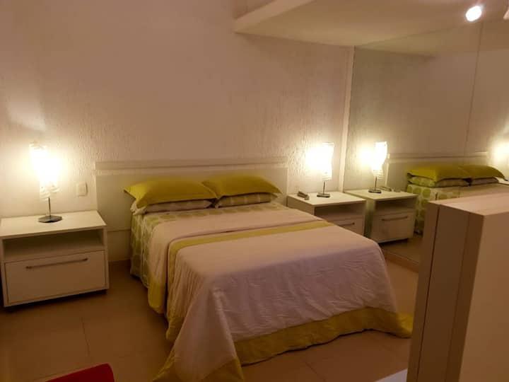 Flat privado em condomínio com praia, Angra.
