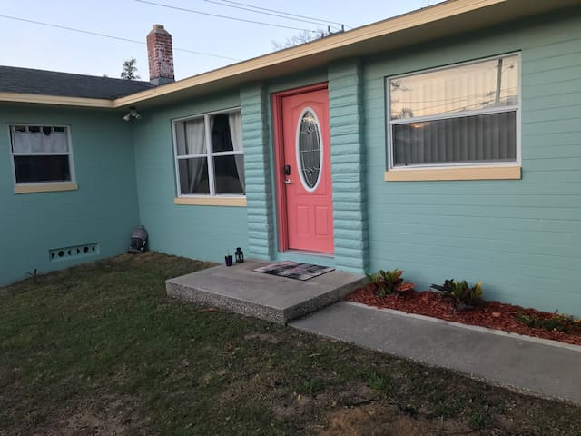 2 bed 1 bath vacation house rental - Daytona Beach - Huis