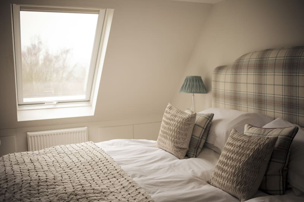 Lorne House B&b  Stylish, Modern & Friendly  Bed And Breakfasts For Rent In Box, United Kingdom. The Old Dairy Hotel. Sheraton Offenbach Hotel. Landhaus St. Georg Hotel. San Francisco Monumento Hotel. Hotel Residence. Jolly Fun Hotel. Hopper St. Antonius Hotel. Pullman Cologne Hotel