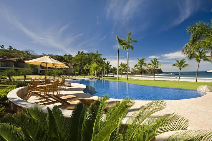 Ocean-front Luxury - VILLA PACIFICA