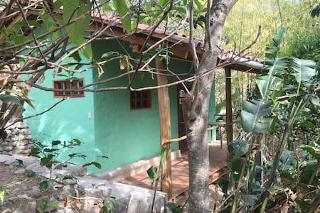 Bamboo Green Cabin NEW - Vilcabamba