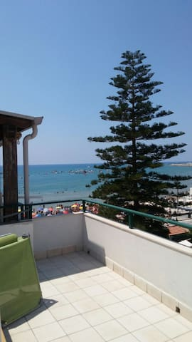 Graziosa mansardina vista mare - Marina di Ragusa - Pis