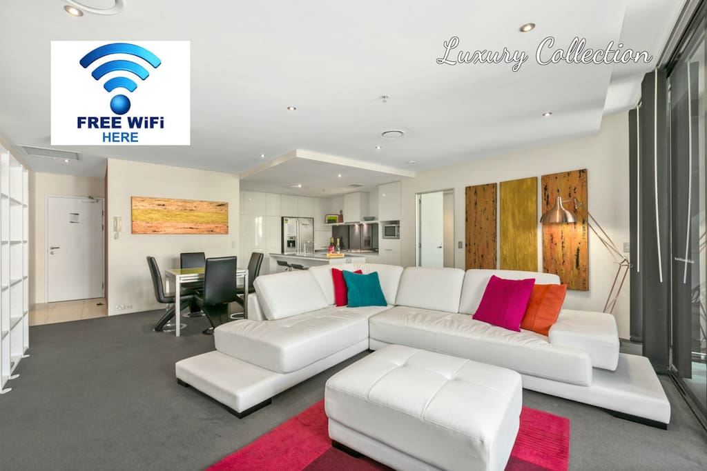 Circle On Cavill HUGE 2bed 2bath LUX SPA. Super Entertainment Apartment, apartment has 3 separate Foxtel/Sports systems, one in lounge, one in each bedroom.