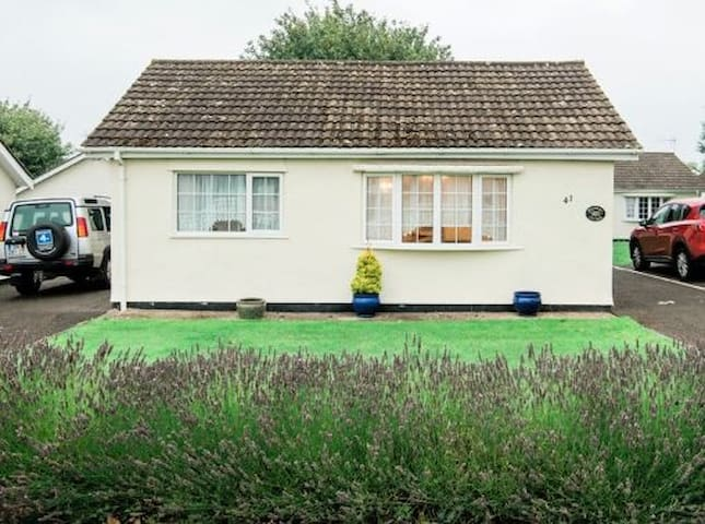 Detached Bungalow at the Gower Holiday Village