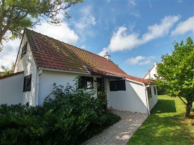 Cottage De Haan - by the sea but still quiet