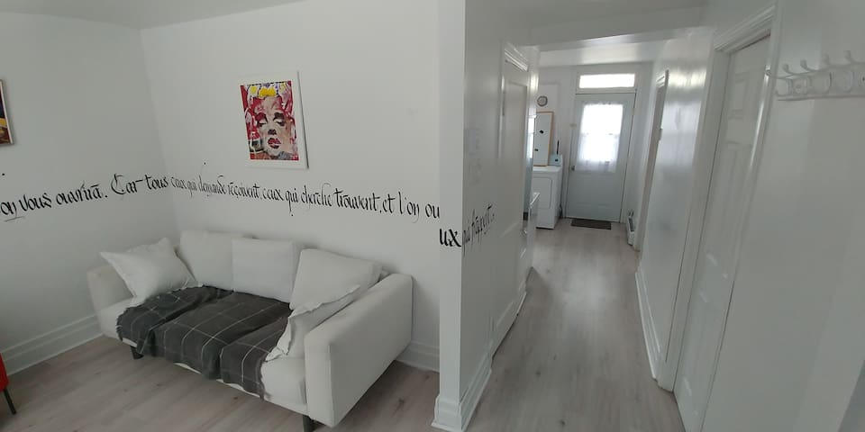 TWO BEDROOM IN HEART OF VERDUN ART INSTALLATION