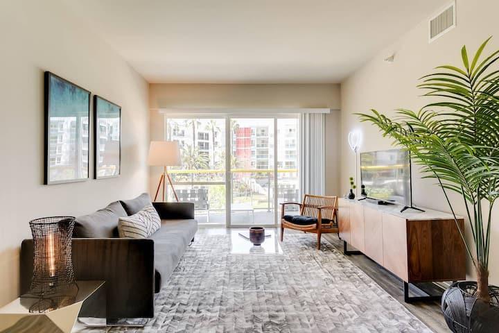 Abode | Marina del Rey | 1-Bedroom +Pool/Gym/Spa (1)