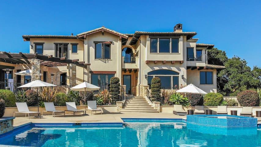 ♛ 5,700 sq. Luxury Villa, Oceanview, Infinity Pool