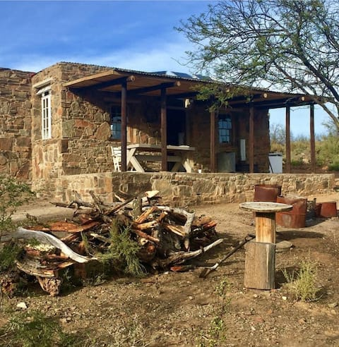 Adorable stone cottage in the heart of the  Karoo.