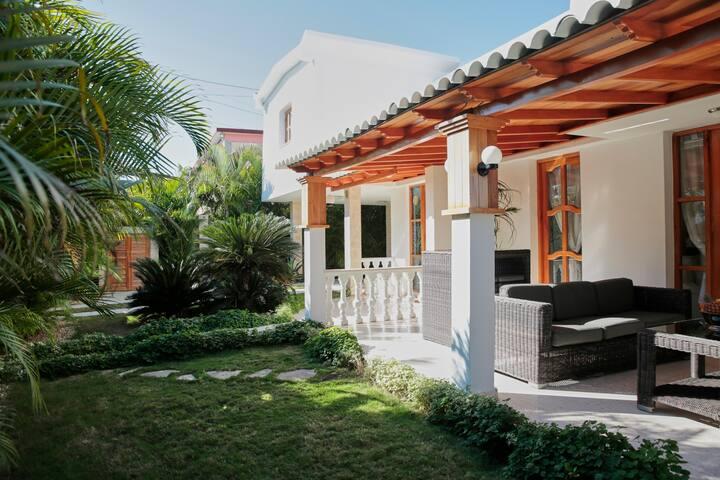 Habitación Privada A, Villa Arecas Habana - La Habana - Villa