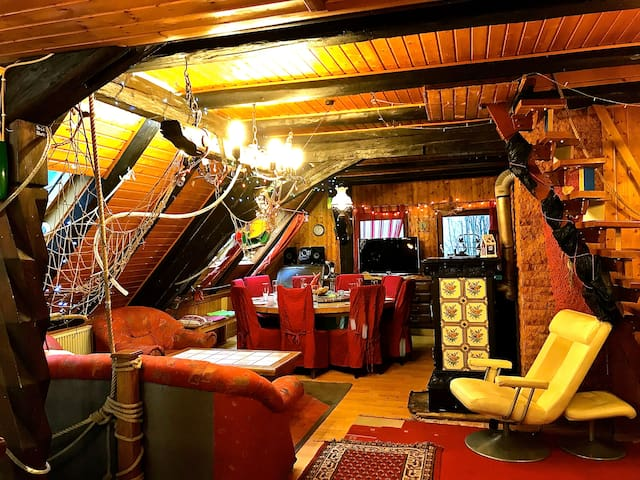 Charming lodge with Jacuzzi Sauna 5 bedrooms