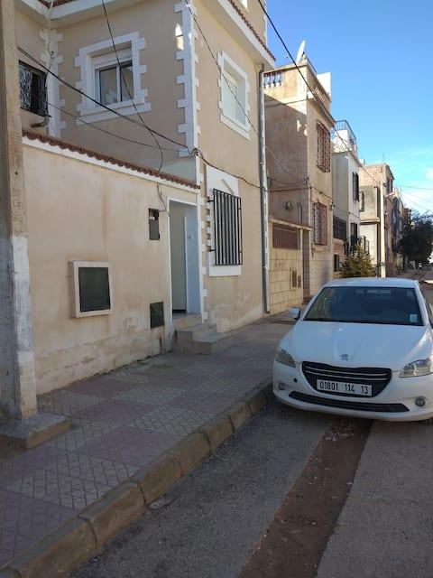 Charmant  Niveau de villa à Tlemcen