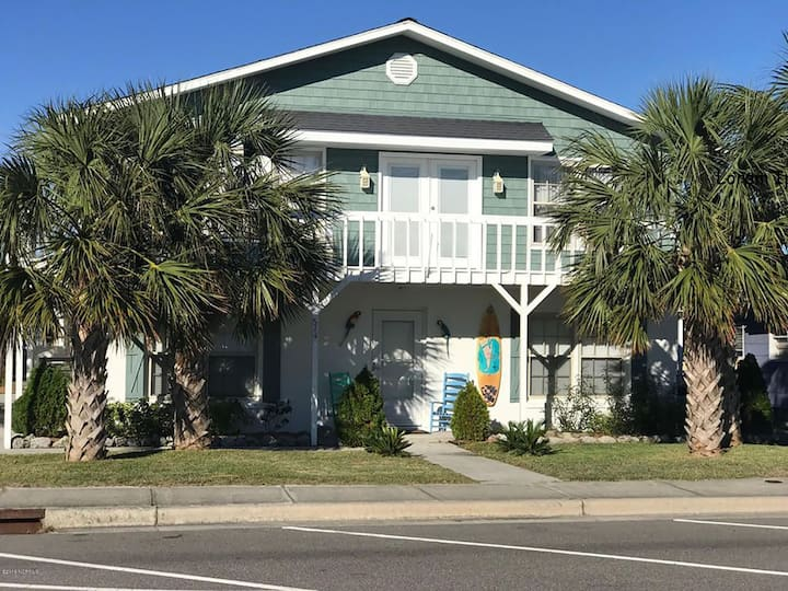 Our Place by the Pier  3 Bed/2 Bath in Kure Beach!