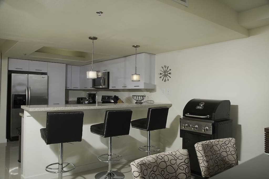This condo also offers you with a three sitting bar. Equipped with three very comfortable bars stools.